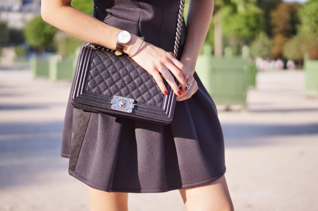 the kooples, chanel, nike, fred, daniel wellington, parisienne, chic, sporty, tuileries, blonde
