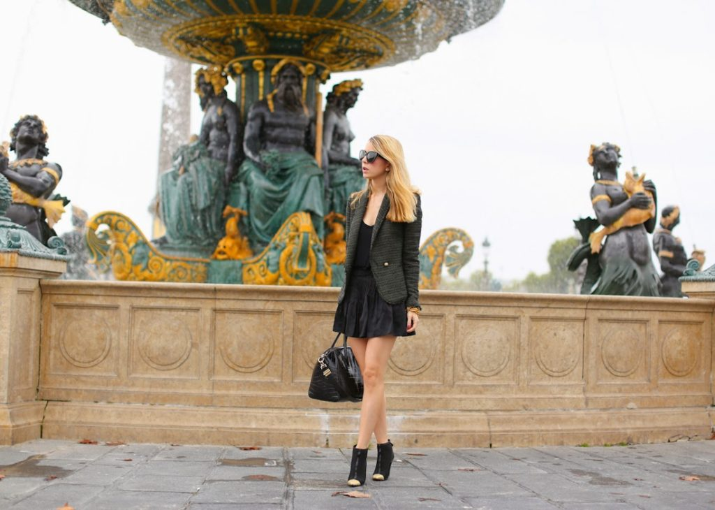 zara, givenchy, chanel, isabel marant, paris, place de la concorde, outfit, fashion blogger, the devil wears prada