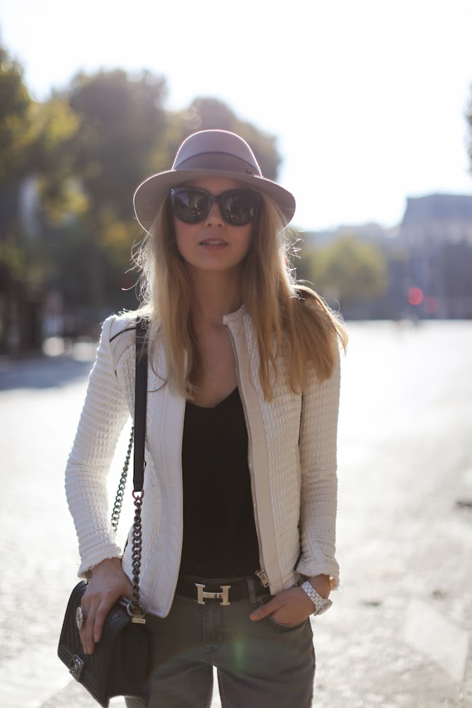 iro, topshop, boyfriend jeans, isabel marant, paris, fashion blogger, streetstyle outfit, maison michel, chanel