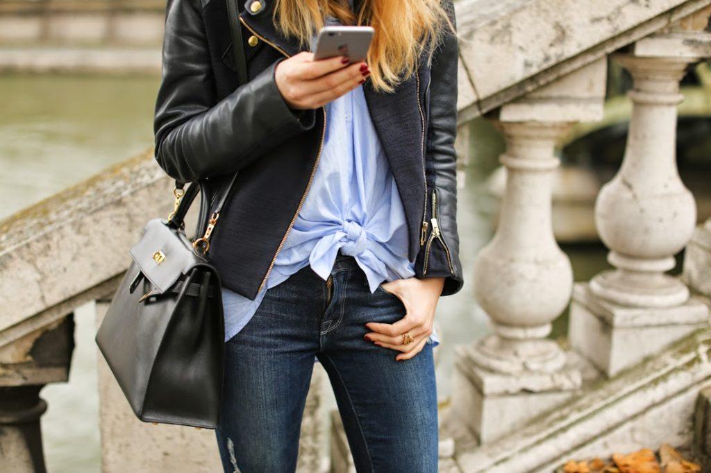 maje, &otherstories, frame denim, hermès kelly, chanel, ripped jeans, leather jacket, streetstyle, fashion blogger,hat, paris