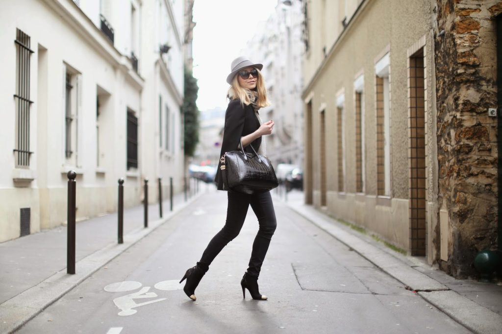 pearl and rubies, fashion blogger, streetstyle, victoria beckham, chanel, givenchy, hermès, maison michel