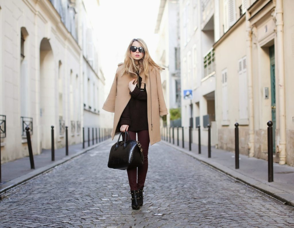 burgundy, monochromatic, valentino, givenchy, &otherstories, aurélie bidermann, zara, paris, streetstyle