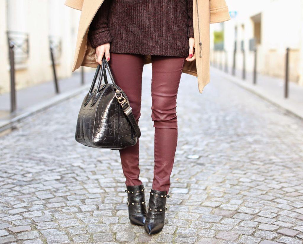 burgundy, monochromatic, valentino, givenchy, &otherstories, aurélie bidermann, zara, paris, streetstyle