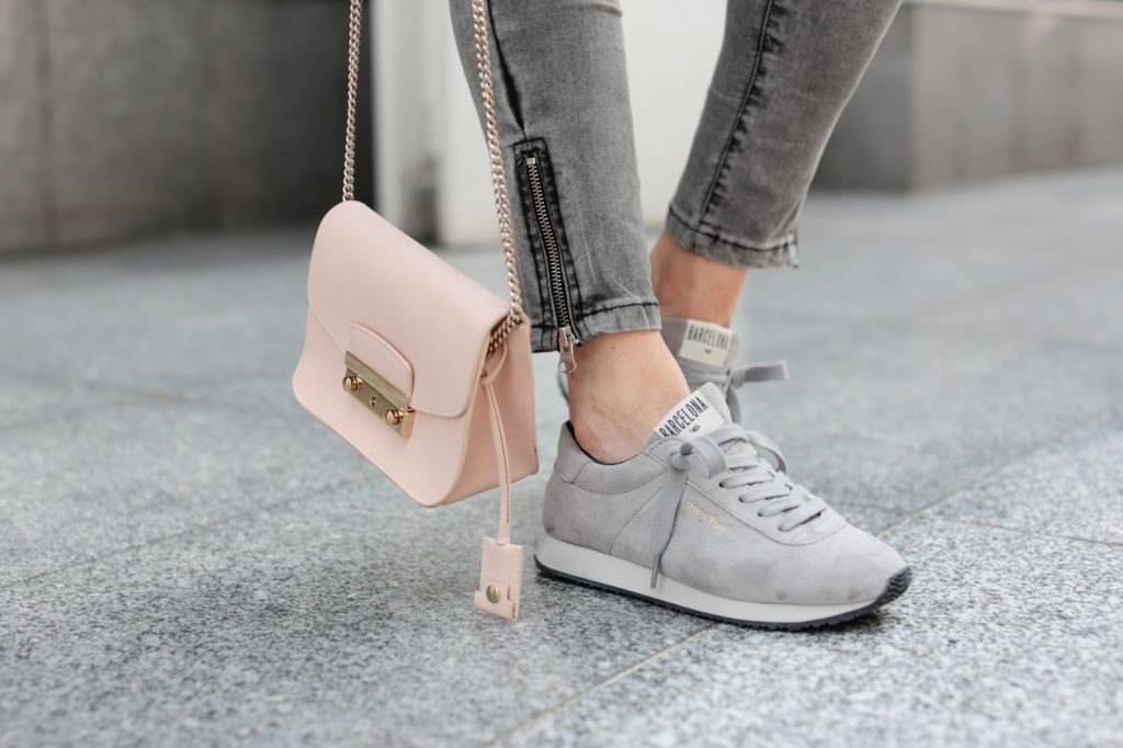 meyba, pardon my obsession, grey, sneakers, streetstyle